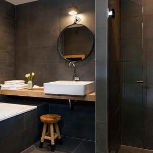 Hotel de Keyser badkamer, wasbak - Zandberg B.V.