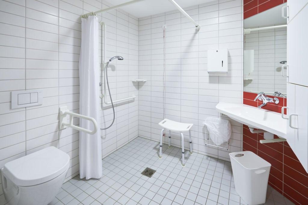 Badkamer renovatie aanpassing - Zandberg B.V.