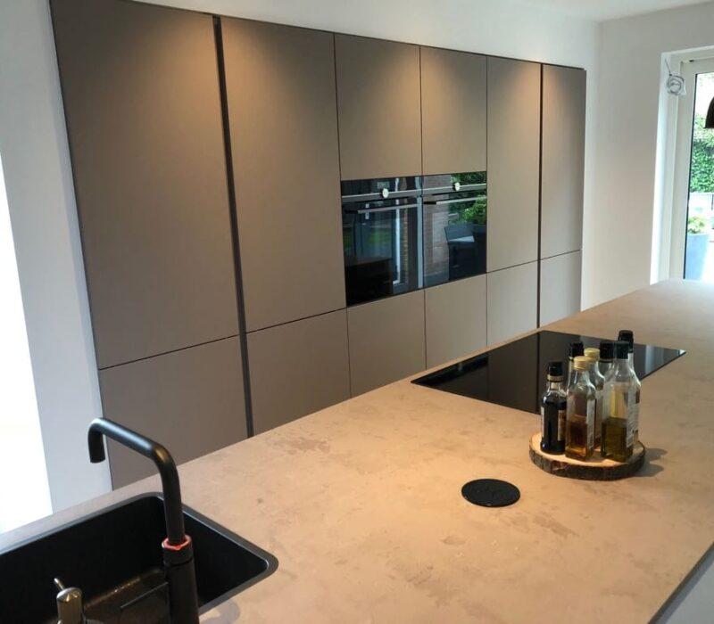 Keukenrenovatie eindresultaat kookgebied, Teteringen - Zandberg B.V.
