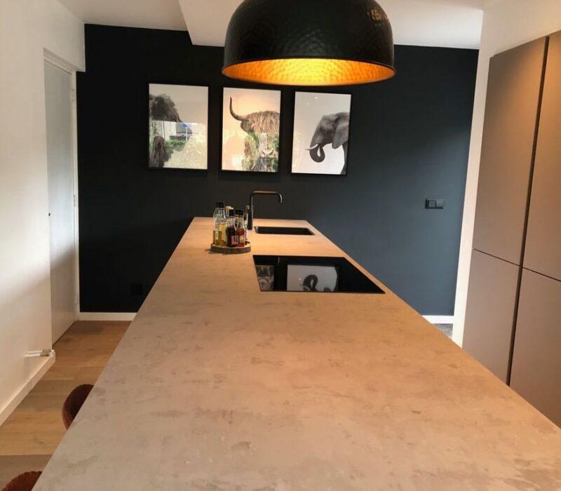 Keukenrenovatie eindresultaat aanrecht, Teteringen - Zandberg B.V.