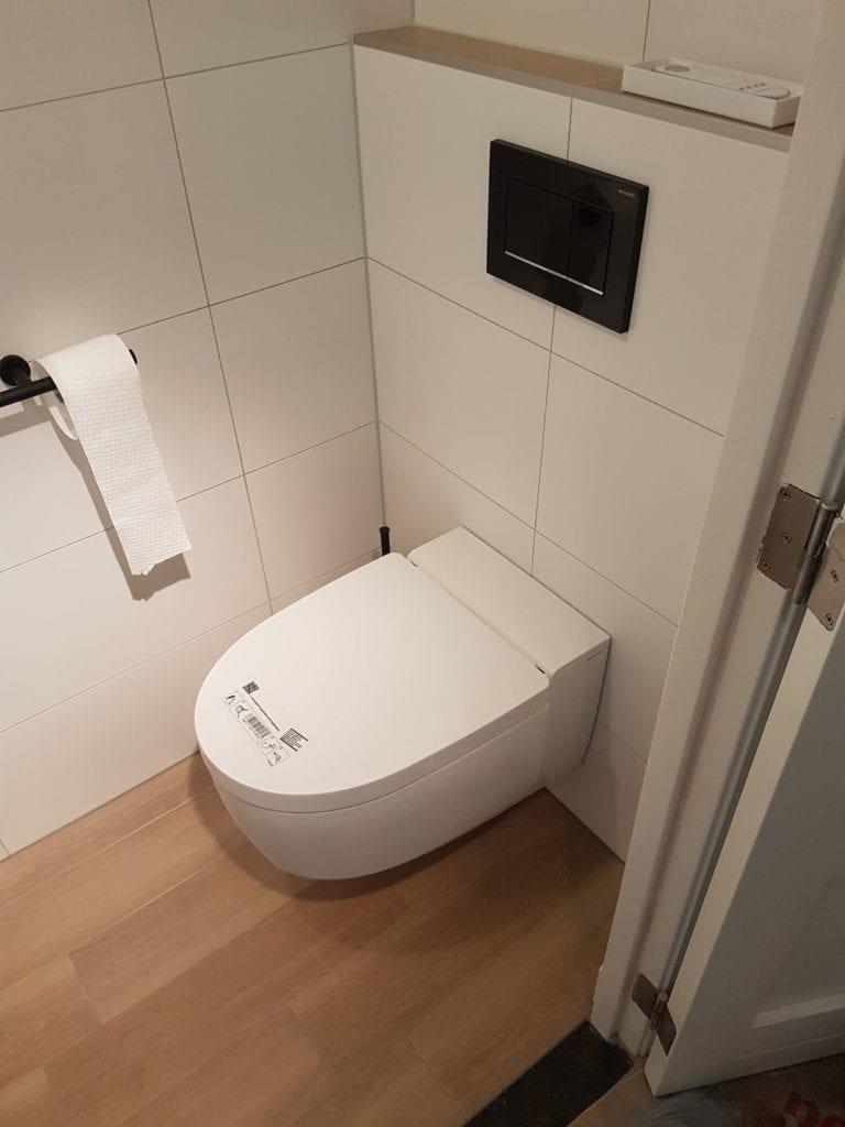 Toiletrenovatie resultaat, Valkenierslaan, Breda - Zandberg B.V.